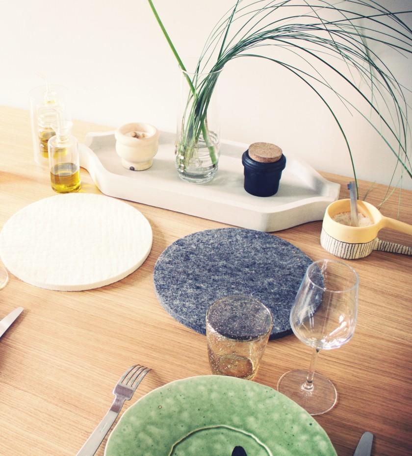 dessous de plat en feutre design fran ais. Black Bedroom Furniture Sets. Home Design Ideas